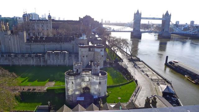 Tower Of London og London Bridge. Nabobroen, det.