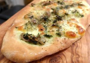 Franskinspirert løkpizza – når lommeboken er tynn