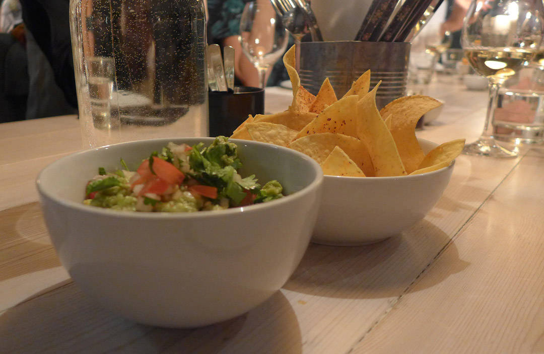 Tortillachips og guacamole. På enklest mulig måte.