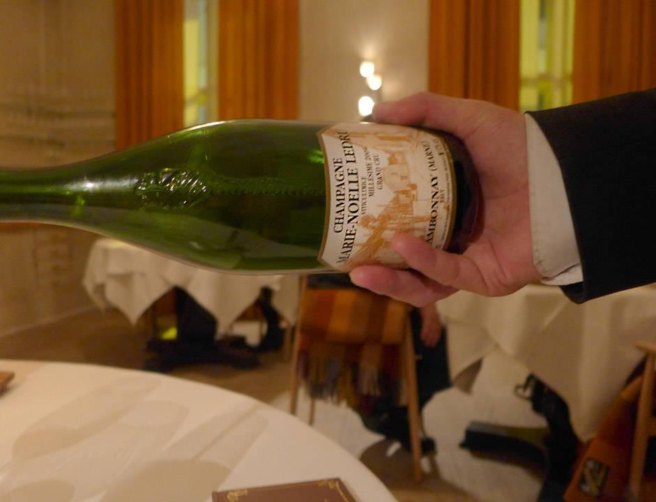 Med Evens ord, «Graut og champagne». For en genial kombinasjon. Mer av det!