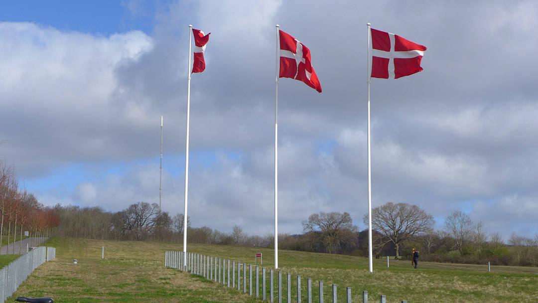 Her flagges det for Margrethe på bursdagen hennes i Danmark!