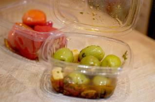 oliven og fylte paprika