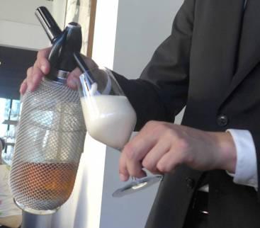 Nypejuicen står perfekt til neste rett.