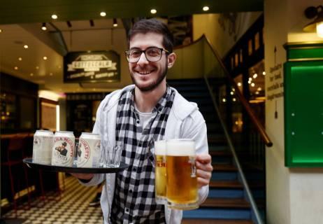 Endelig litt øl! Birra Moretti er et italiensk øl som passer superbra til pizza.