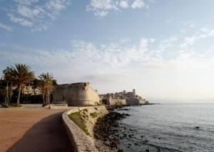 Bo, spis og drikk i Antibes og Juan-les-Pins