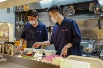 Kokkene på Tsuta.