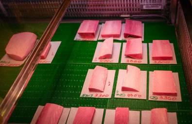 Forskjellige kvalitetsgrader av tunfisk