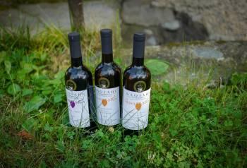 Tbilisi_Georgia_amberwine_orangewine_helleskitchenL1480586Tbilisi_georgia_amber_wine_helleskitchen