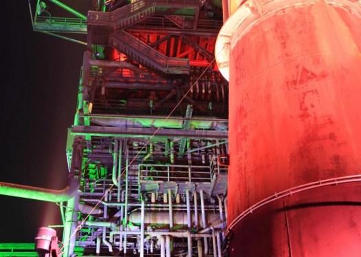 usine éclairage de couleur extérieur