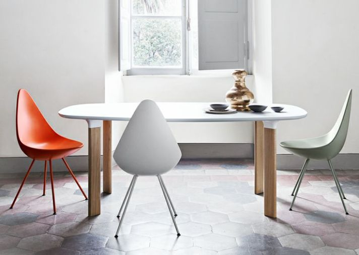 La réédition de la chaise Drop d'Arne Jacobsen chez Fritz Hansen