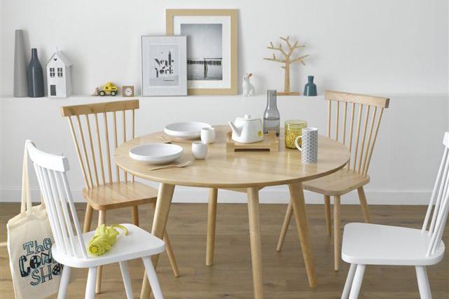 o trouver une jolie chaise barreaux scandinave en bois. Black Bedroom Furniture Sets. Home Design Ideas