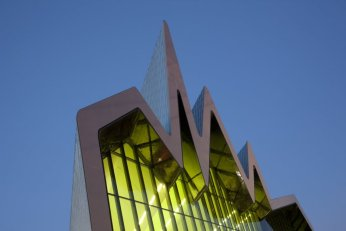 Zaha Hadid Glasgow riverside museum ©McAteer