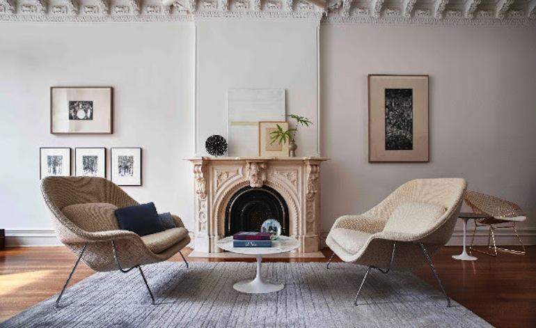 Womb settee, design Eero Saarinen Salone del mobile