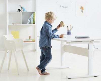 flexa study desk / Hëllø Blogzine blog deco & lifestyle www.hello-hello.fr