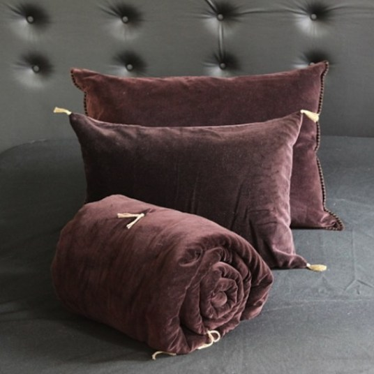 sofa cover caravane// Hëllø Blogzine blog deco & lifestyle www.hello-hello.fr