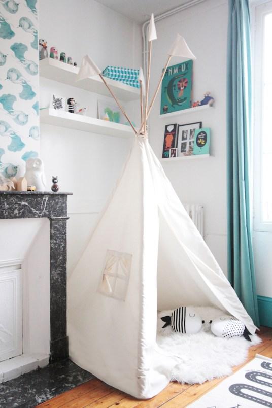 French Boy's Room Turquoise // Hëllø Blogzine blog deco & lifestyle www.hello-hello.fr #teepee #tipi #ateliermouti #kids #kidsroom