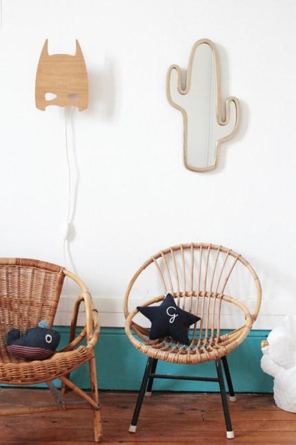 French Boy's Room Turquoise // Hëllø Blogzine blog deco & lifestyle www.hello-hello.fr #kids #kidsroom #aprileleven #superhero #vintage #cactus #cactusmirror #ampm