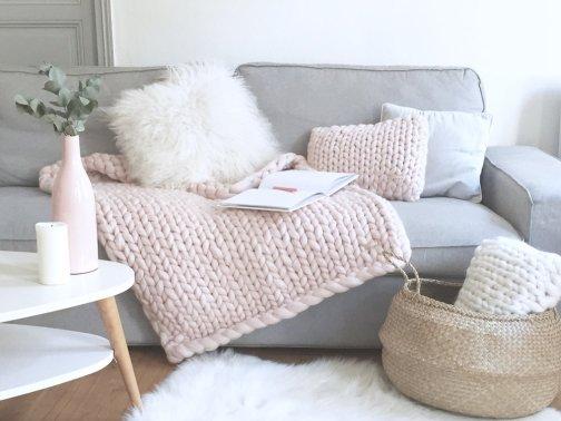 o trouver un plaid en laine avec des grosses mailles. Black Bedroom Furniture Sets. Home Design Ideas