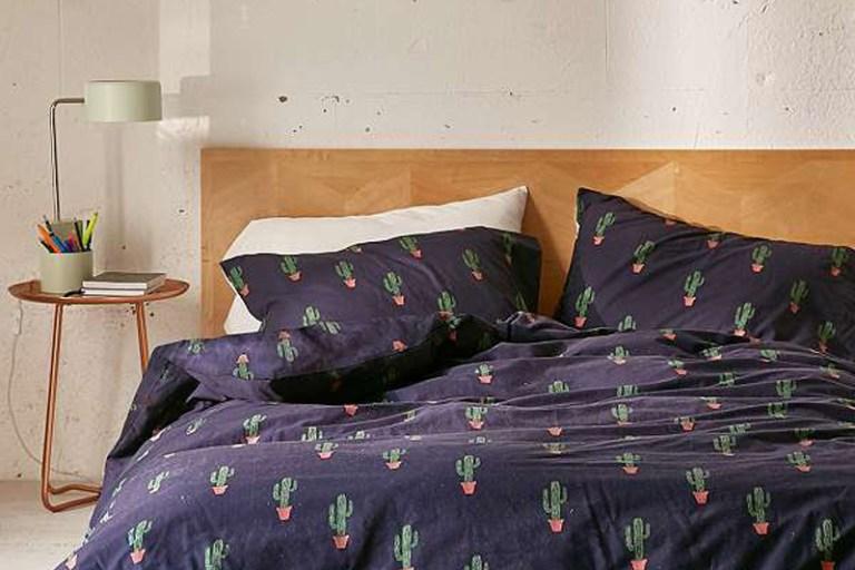 Parure de lit cactus Urban Outfitters // Hëllø Blogzine blog deco & lifestyle www.hello-hello.fr