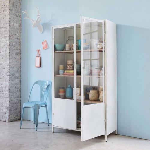 Belle armoire vitrine // Hëllø Blogzine blog deco & lifestyle www.hello-hello.fr