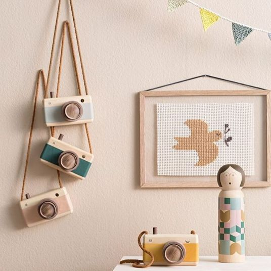 Appareil photo en bois - Idées cadeaux de noël enfants mixte // Hëllø Blogzine blog deco & lifestyle www.hello-hello.fr