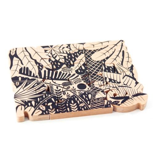 Puzzle en bois - Idées cadeaux de noël enfants mixte // Hëllø Blogzine blog deco & lifestyle www.hello-hello.fr