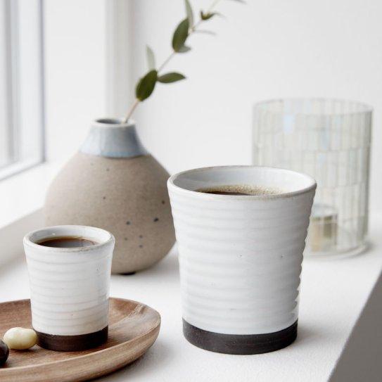 Tasses en céramique Idées cadeaux // Hëllø Blogzine blog deco & lifestyle www.hello-hello.fr