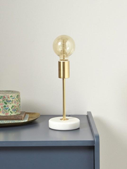 Pied de lampe en marbre // Hëllø Blogzine blog deco & lifestyle www.hello-hello.fr