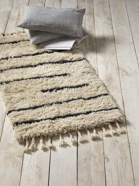 tapis-berbere-en-laine-tissee