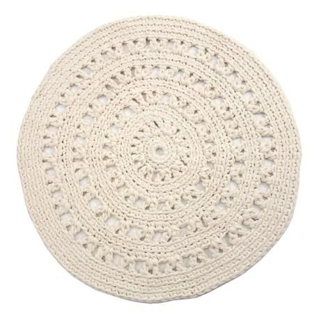 Tapis rond crochet // Hëllø Blogzine blog deco & lifestyle www.hello-hello.fr