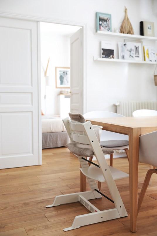 L'appartement minimaliste de Lara Loves Paris // Hellø Blogzine blog deco & lifestyle www.hello-hello.fr