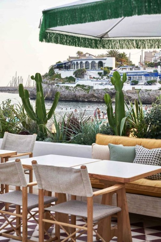 bis-Soho-House_Little_Beach_House_Barcelona_009