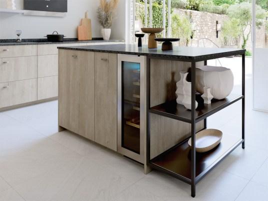 Une cuisine ouverte sur le salon avec Mobalpa // Hellø Blogzine blog deco & lifestyle www.hello-hello.fr