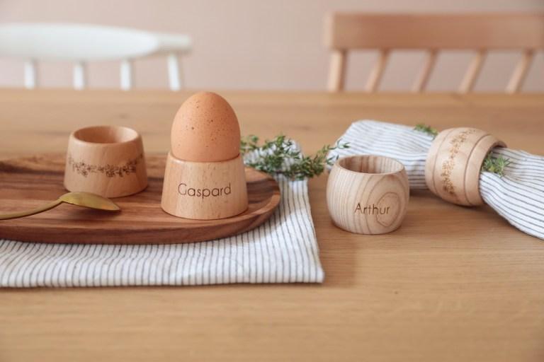 Coquetiers, ronds de serviettes personnalisables fabriqués artisanalement en France Maison Roussot // Hellø Blogzine blog deco & lifestyle www.hello-hello.fr