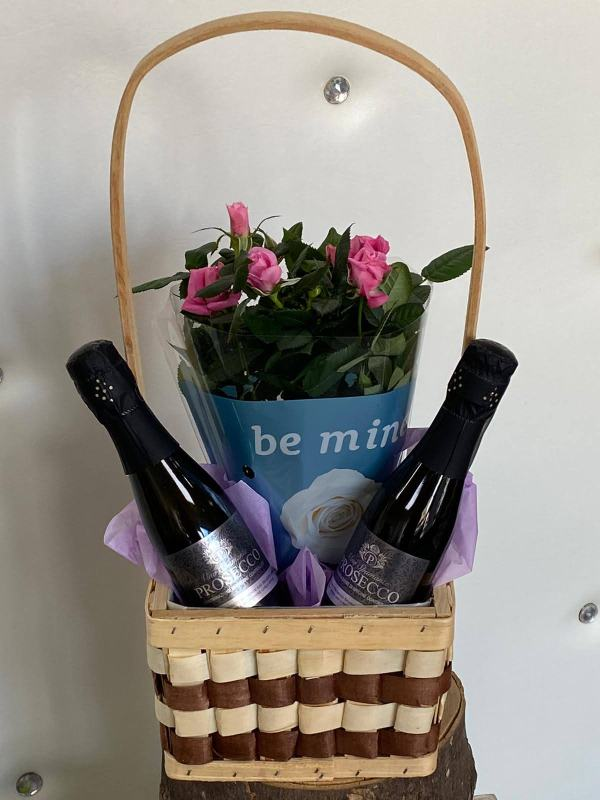 Check Basket with 2 x 20cl Prosecco & Rose Plant - Hello Petal Florist Glasgow