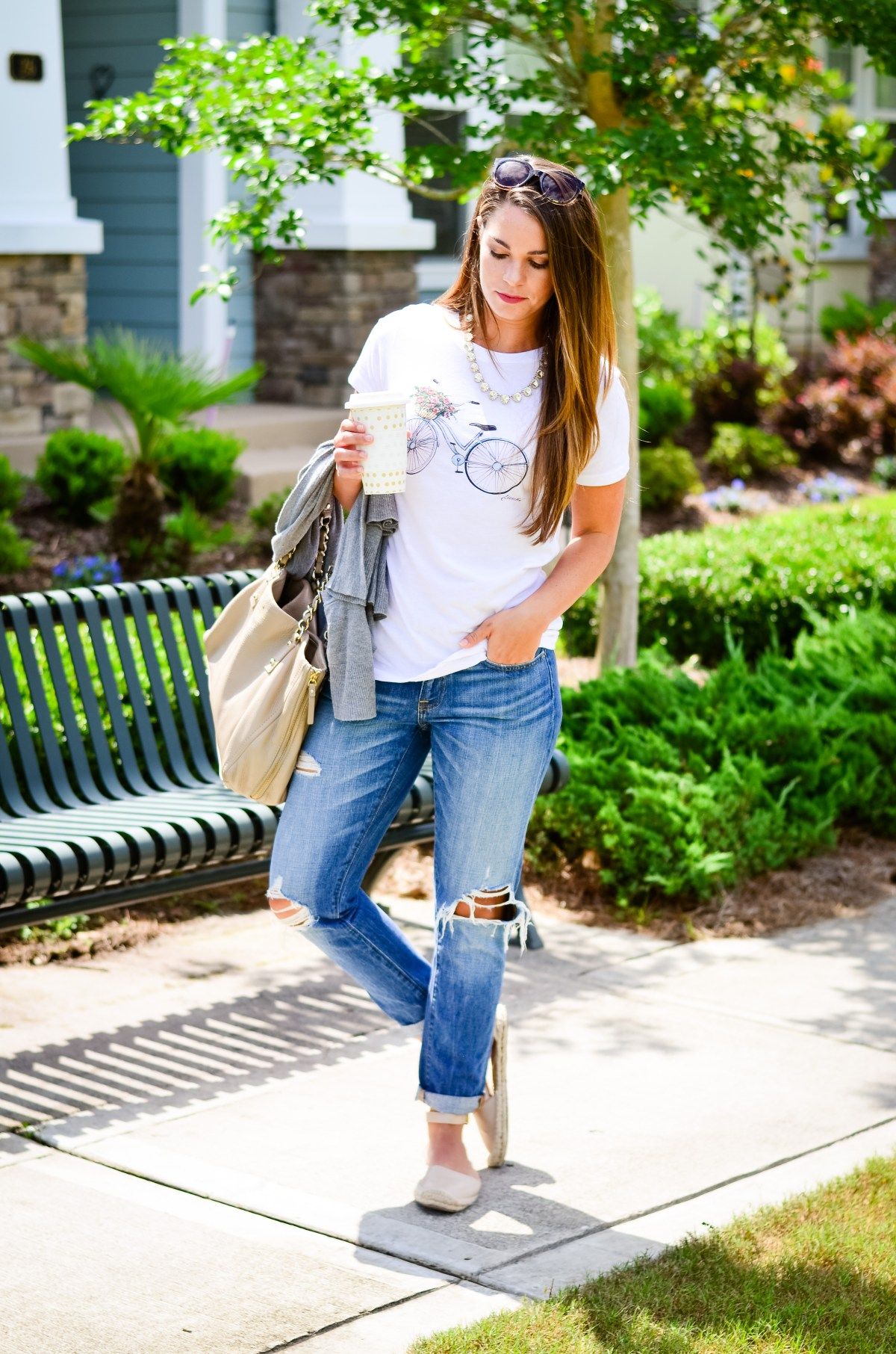Nooir_Shirt_and_Boyfriend_Jeans-6