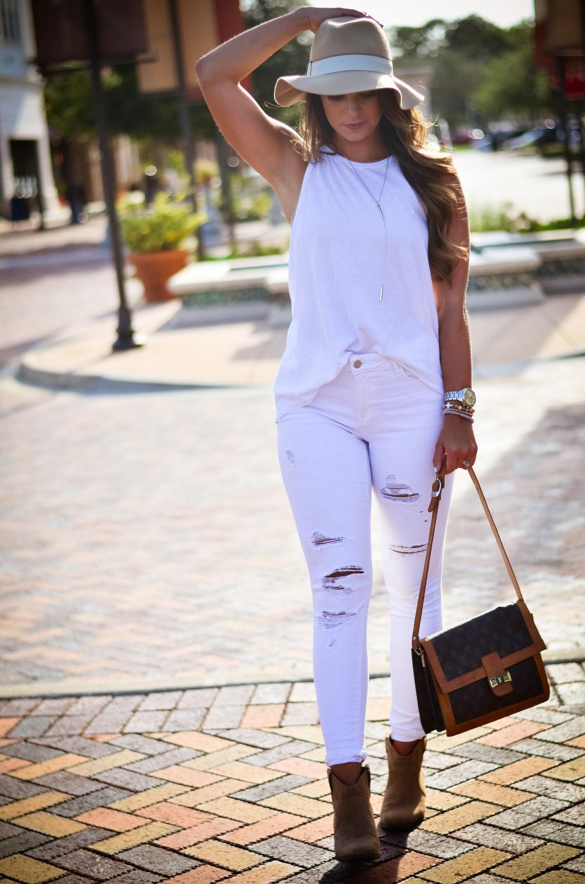 white on white floppy hat hello alley-34