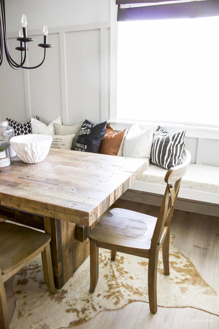 DIY Floating Dining Bench| helloALLISONblog.com