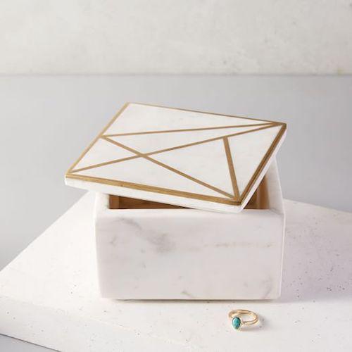 15 Gifts for Her | Gift Guide | helloallisonblog.com