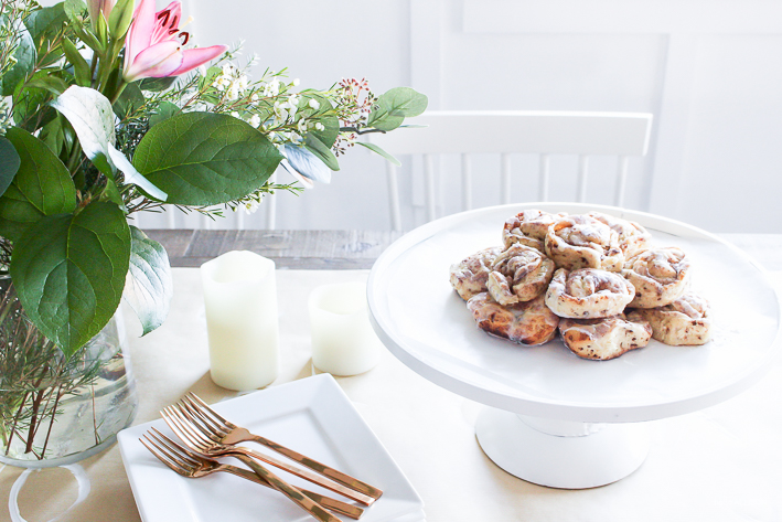 Simple Valentine's Day Brunch + Heart Cinnamon Rolls | helloallisonblog.com