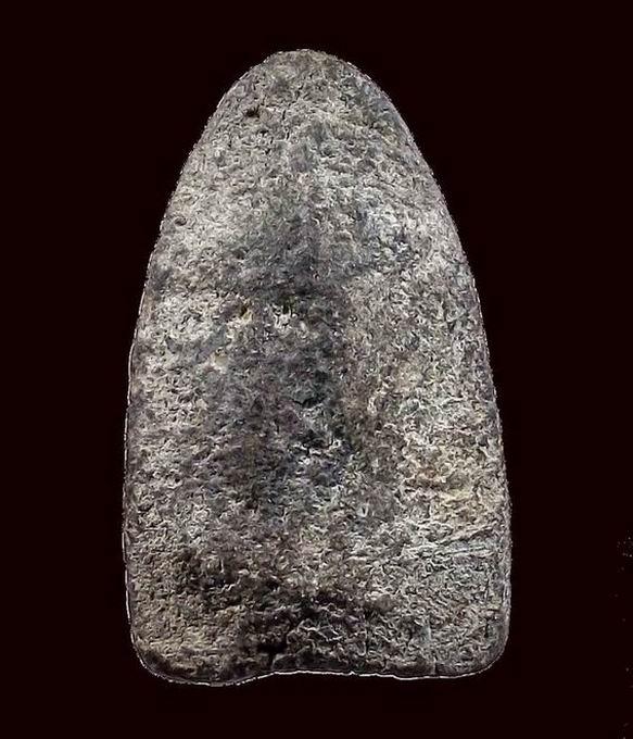 หลวงปู่ทวด เนื้อว่าน พิมพ์ใหญ่หูขีด ปี2497 (2/2)