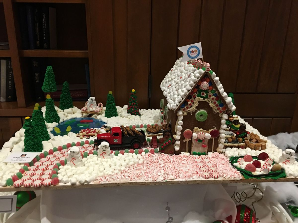 sunriver's gingerbread house