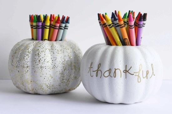 DIY Pumpkin Crayon Holder perfect for Thanksgiving kids table