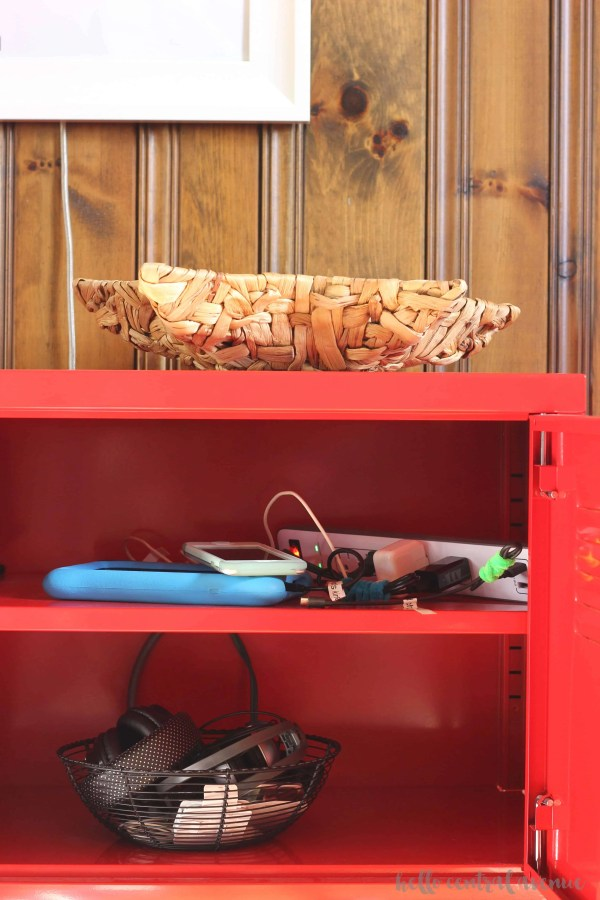 Stay organized must read solutions: creative storage and organizing solutions for all around your house.