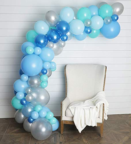 'm giving you all the details on what you need to save you time and energy for an adorable and easy balloon backdrop