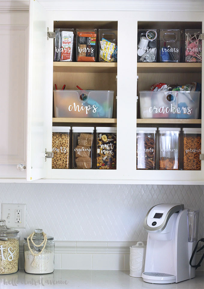 It's a great idea to get rid of packaging and put your food directly in air-tight storage containers to save room in your kitchen! Take it a step further and label your storage containers for beautiful and organized cabinets or pantry shelves!It's a great idea to get rid of packaging and put your food directly in air-tight storage containers to save room in your kitchen! Take it a step further and label your storage containers for beautiful and organized cabinets or pantry shelves!