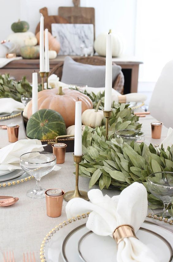 Easy Thanksgiving Table Decorations for the Last-Minute