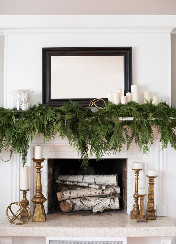 Simple & Classic Christmas Fireplaces
