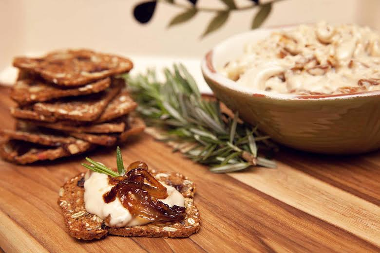 Caramelized Onion Blue Cheese Dip Recipe