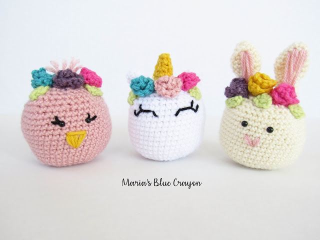 Adorable Spring and Easter Crochet Patterns Perfect For Easter Baskets: Easter Shaker Toys Crochet Pattern from Maria's Blue Crayon